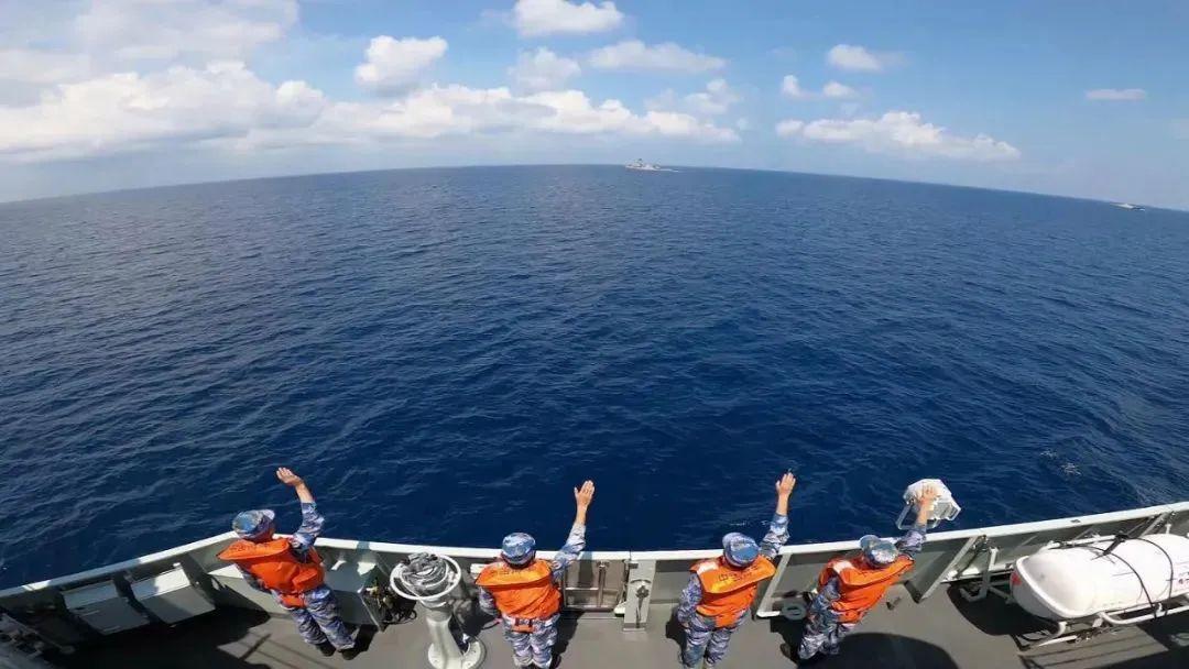 宿迁舰亮剑!中国海军与印尼海军举行海上联合演练